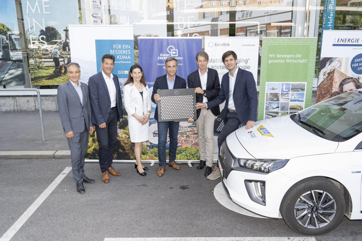 Boris Papousek (Energie Graz), Bertram Werle (Stadtbaudirektor), Sylvia Loibner (Taxi 878), Siegfried Nagl (Bürgermeister von Graz), Robert Schmied (Grazer Energieagentur), Hermann Stockinger (Easelink)